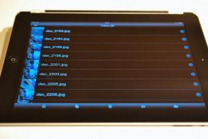 データの閲覧のみであれば、iPhone,iPad側にコピーせず、ストリーミング再生可能