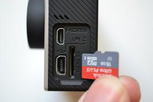 Silve/BlackにはMicro-HDMIがある。HERO+ LCDにはない。