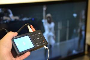 ブルーレイの音声をアナ録でmp3に取り込みます。取り込んだ音声はSDカードに記録されます。
