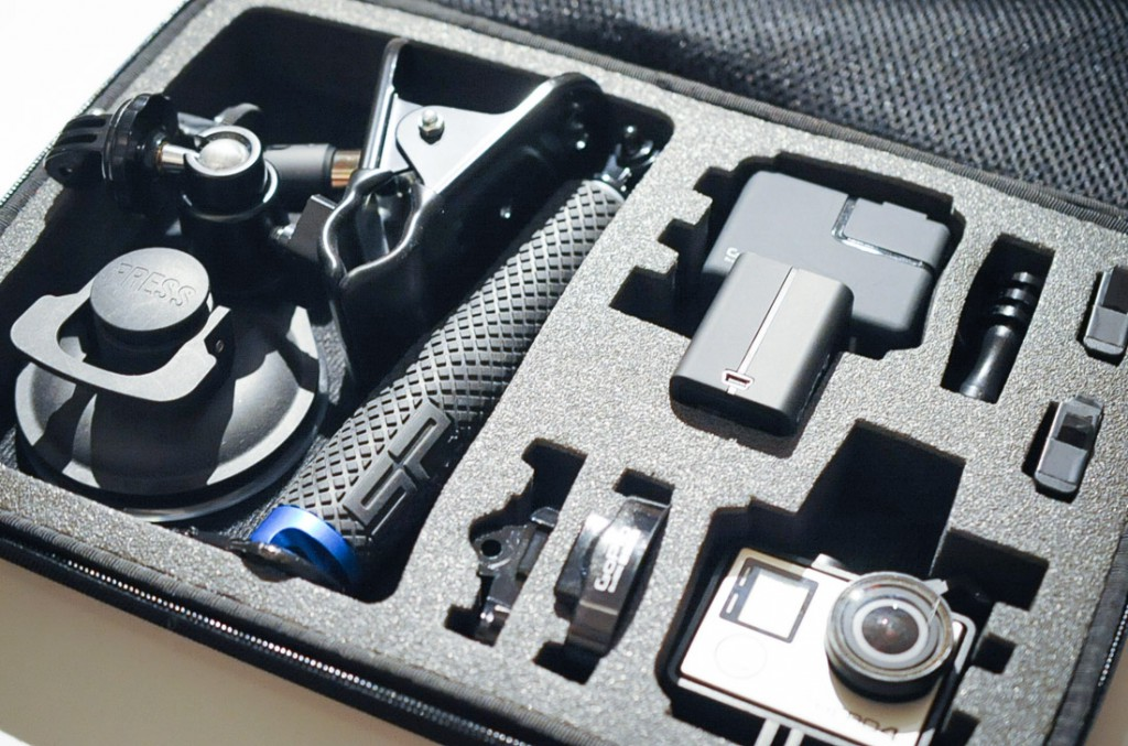 Amazonベーシック GoPro キャリングケース – L